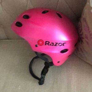 Girls Razor helmet